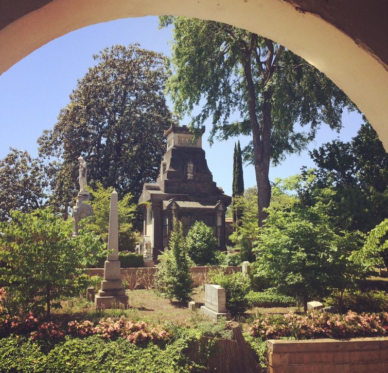 Historic Oakland Cemetery tour